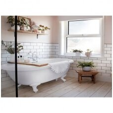 Baldų ir dizaino sprendimai mažoms vonioms