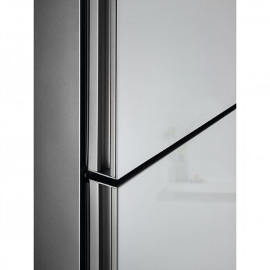 Šaldytuvas ELECTROLUX LNT7ME34G1 2