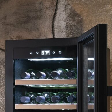 Vyno šaldytuvas Caso WineExclusive 38 4